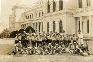 ninos_y_maestros_sanatorio_mar_negro_1938-2
